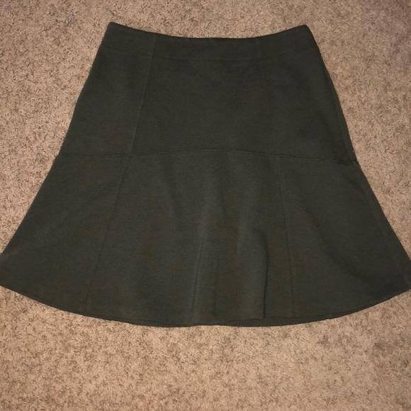 LOFT Dresses & Skirts - Flouncy mini skirt